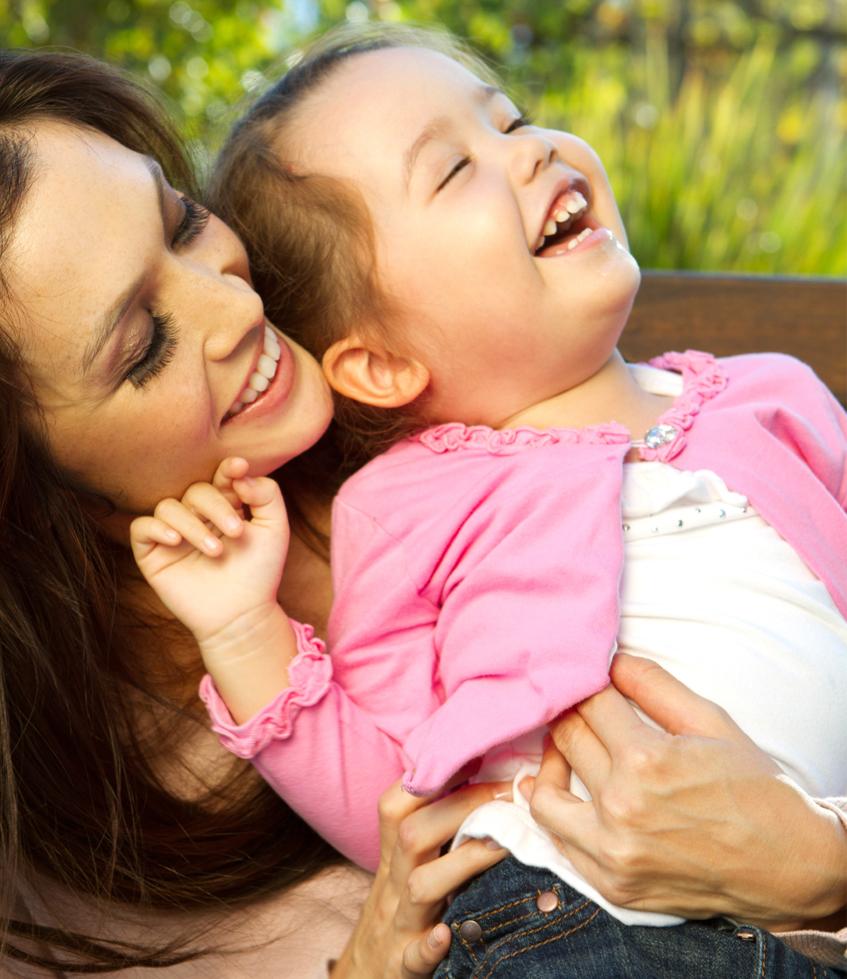 Yoga della Risata con mamme e bambini