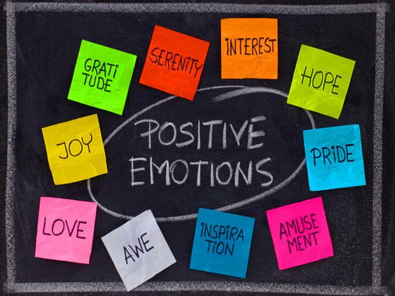 6 esercizi quotidiani per le aumentare le nostre emozioni positive ed essere più felici