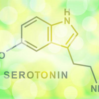 Cos'è la serotonina e come lo Yoga della Risata ne aumenta la produzione