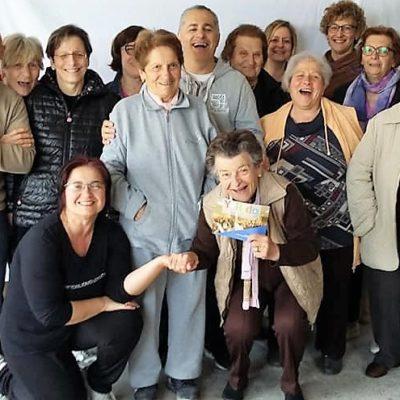 Le Interviste dello Yoga della Risata – 1 – Sergio Cintioli e il club della risata di quartiere con gli anziani