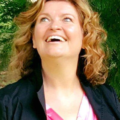 Yoga della Risata – Storie di cambiamento – #3 Nicoletta Ferraro