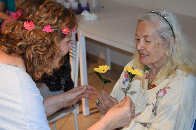 Francesca Pieri Yoga della Risata e Alzheimer