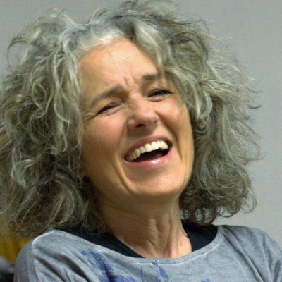 Yoga della risata – Teacher Training – Storie di cambiamento – ANTONELLA GORI