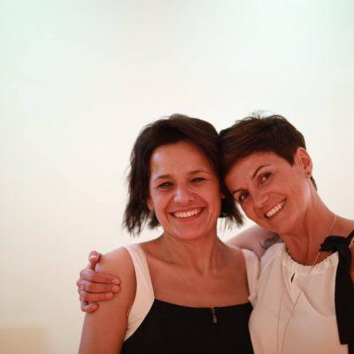 Congresso di Yoga della Risata – I relatori – Intervista doppia a Daniela Di Ciaccio e Veruska Gennari, fondatrici di 2BHappy
